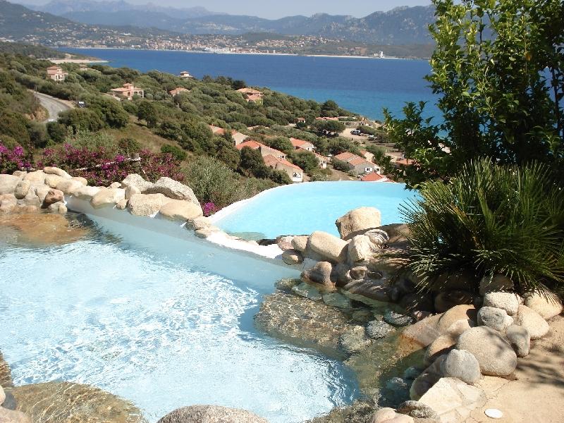 Villa d 39 ortoli olmeto plage propriano corse for Villa en corse avec piscine